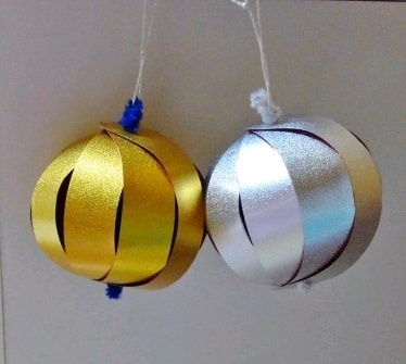 クリスマスオーナメントを折り紙で!おしゃれで綺麗な立体ボール