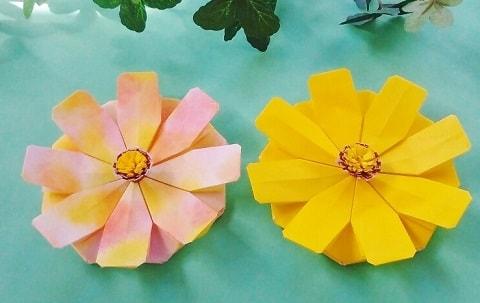 【折り紙】秋の花(9月・10月・11月)立体のコスモスの簡単な折り方