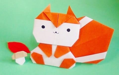 折り紙で作る「リス」(平面の可愛い簡単な折り方)