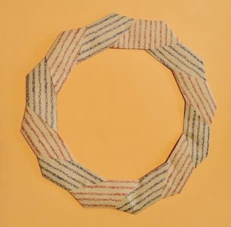 【ハロウィン 折り紙】リースの簡単な作り方2