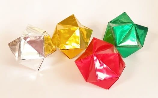 【折り紙のくす玉】星型の簡単な作り方(1枚で作れる・かわいい)